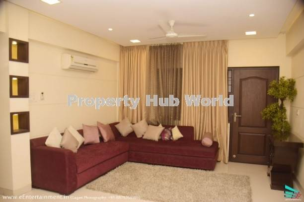 Spaciousand luxurious, ready to move flats in Affordable price