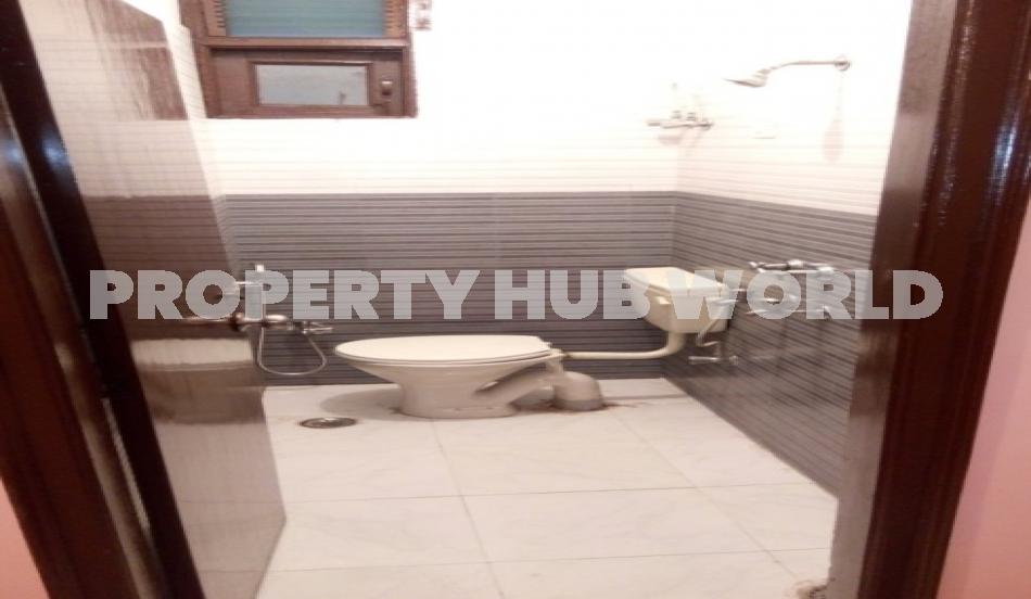 3bhk flat for rent in Mahipalpur