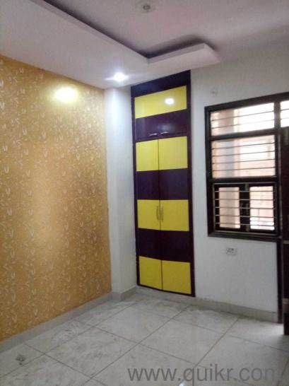 3 bkh flat available uttam nagar