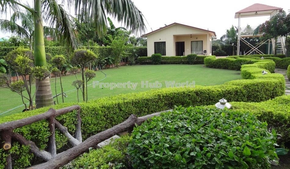 2 BHK Farm House Noida
