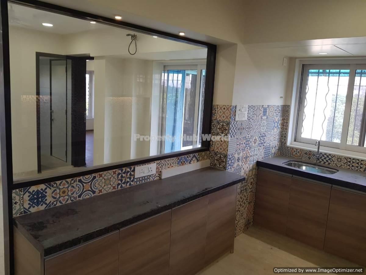 Premium 3 BHK Apartment for Sale at Chembur