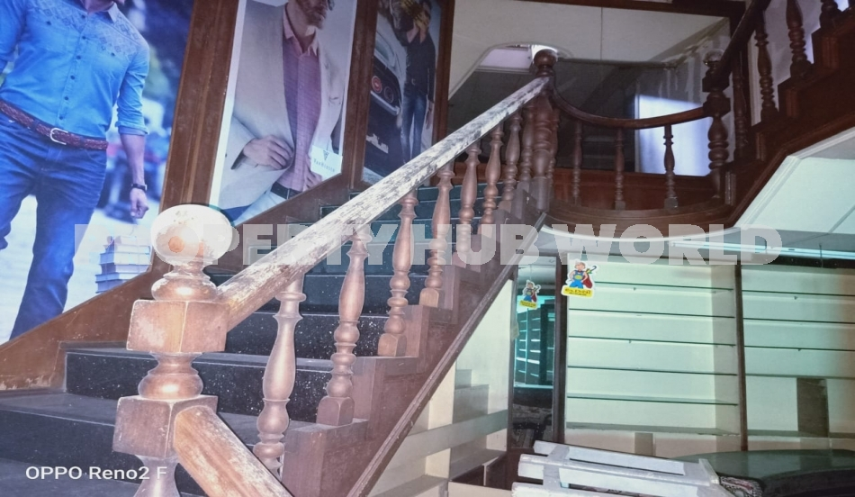 Commercial building for sale at Thodupuzha town.