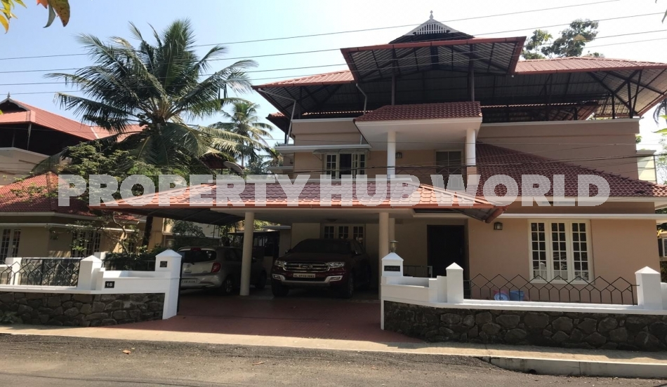 11.5 cent land with 2575sqft 4BHK gated villa for sale at kakkanad
