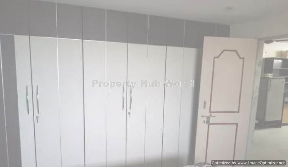 3BHK Flat in Prime Location ready to move in