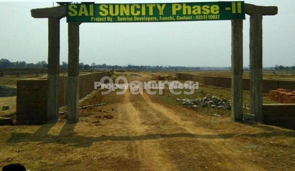 CNT free residential plot in a boundary wall gated society